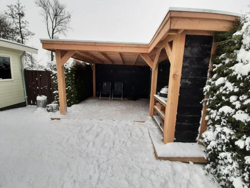Overkapping in de sneeuw